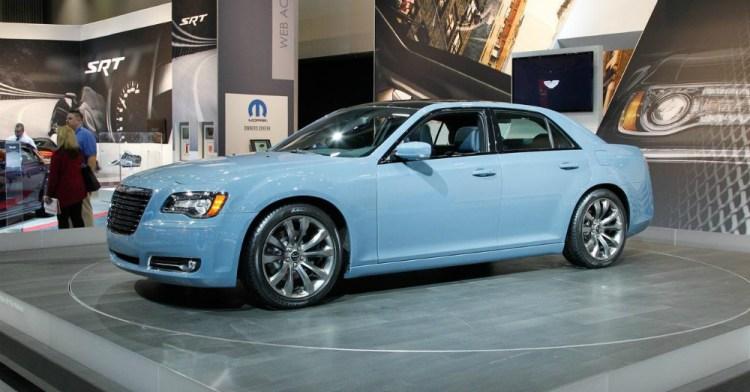 2016 Chrysler 300 Blue