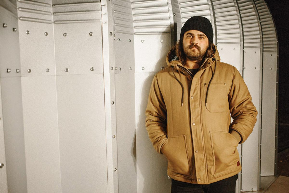26-FA16-Life-M-Top-Jacket-Hood-Ronnie-01-WEB