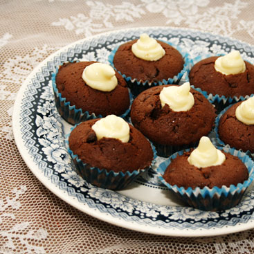 chocolate muffins with cream cheese filling small
