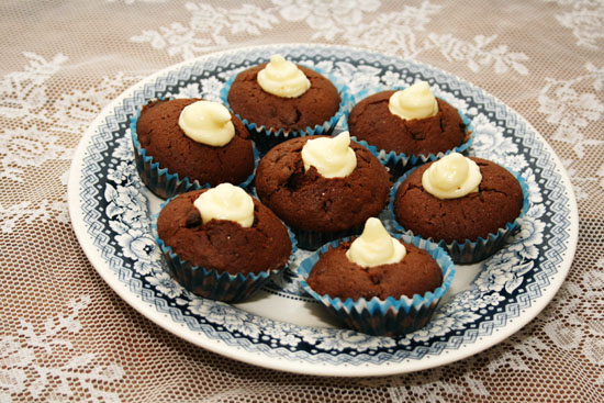 chocolate muffins with cream cheese filling recipe