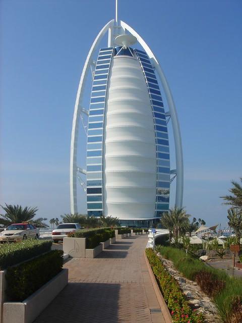 Burj Al-Arab hotel | The Burj Al-Arab Hotel is an ...