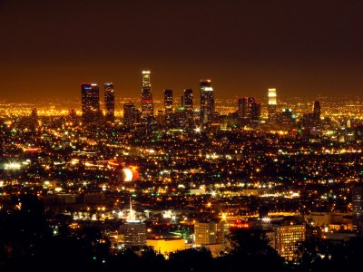 Los Angeles::Los Angeles Skyline | @ Mulholland Drive Click … | Flickr