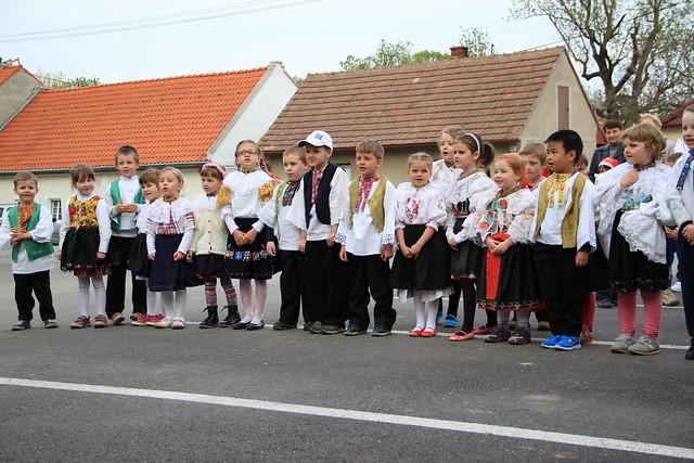 Children dancing6-IMG_2870