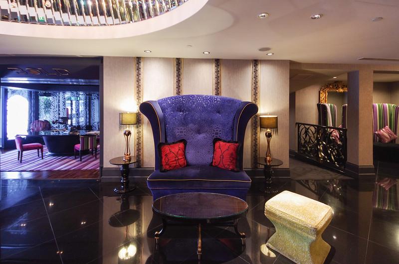 the scarlet singapore lobby