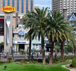 Impeccable Delicious Sliders By Vinny Gragg Giant Fork Giant Fork Delicious Sliders Newly Opened Flickr Dennys Las Vegas Nv Dennys Las Vegas 89123