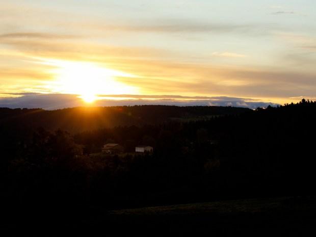 Een foto van een zonsopkomst... maar zo zag het er helemaal niet uit... Of wel? (100mm | ISO100 | f/7,1 | 1/125)