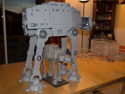 Pete's UCS AT-AT and the Wizard of the Coast SW Minature | Flickr