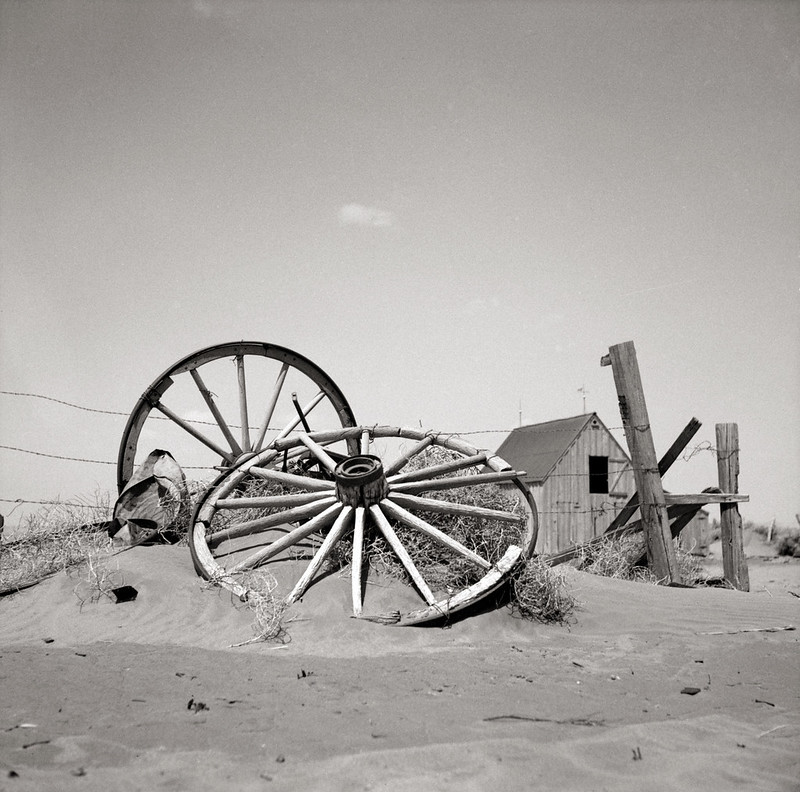 An abandoned farm. Cimarron County, Oklahoma by Arthur Rothstein, exhibited in Steichen's The Bitter Years
