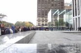 Live from 5th Ave Apple Store unveiling - Image 21 of 47