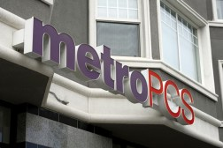 MetroPCS shareholders approve T-Mobile merger