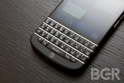 BlackBerry Q10 Z10 Sales