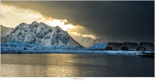 De kathedralen van de Lofoten, waar de stokvis te drogen hangt, in het dorp Laukvik waar we drie dagen doorgebracht hebben.