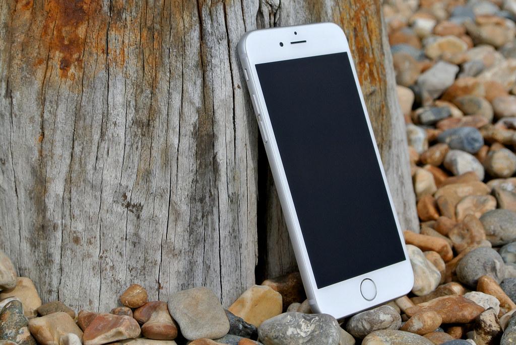 iPhone 6 public domain image from Pixabay