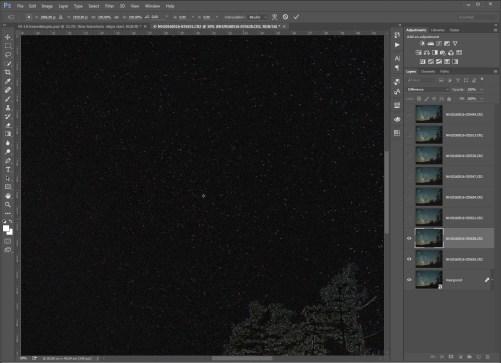 Stap 12 - verplaats de layer tot een ster exact uitgelijnd is. Deze dooft dan uit. Een ster ergens midden in beeld, of een heel heldere is een goede keuze.