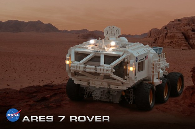 LEGO martian rover