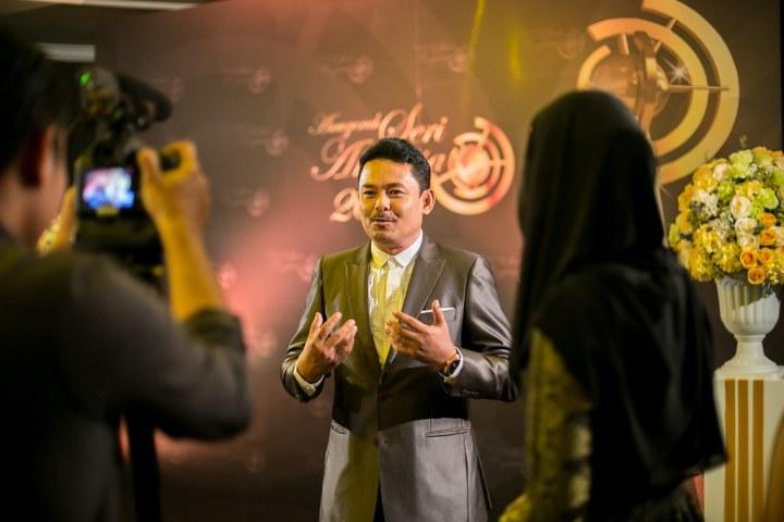 Bengkel Jadi Pengacara Majlis Rasmi, TV & Radio Bersama Halim Othman