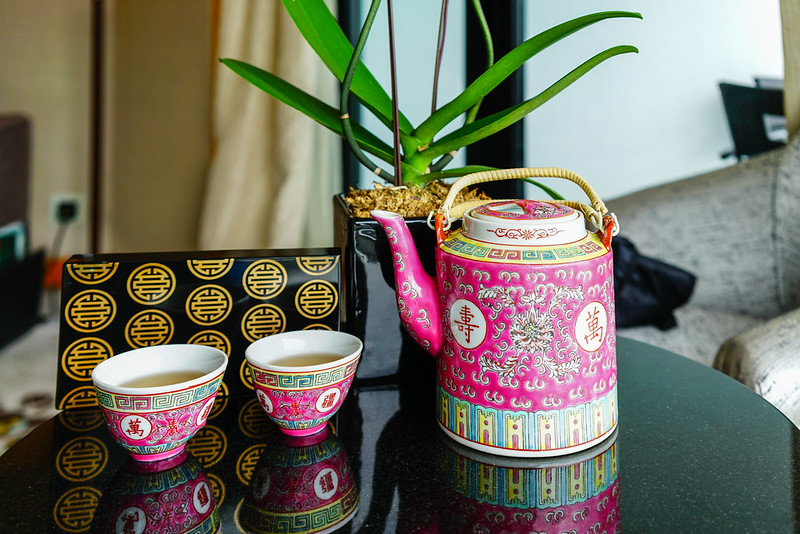 welcome teapot - mandarin oriental singapore