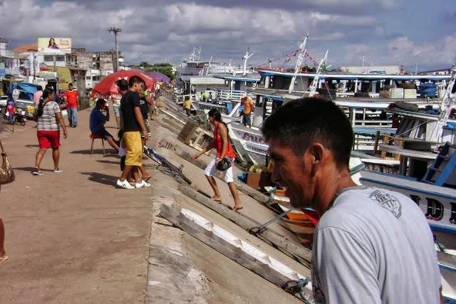 Bancada do Pará pede R$ 5 milhões para o terminal hidroviário de Santarém, passageiros-de-barcos-na-orla-de-santarém