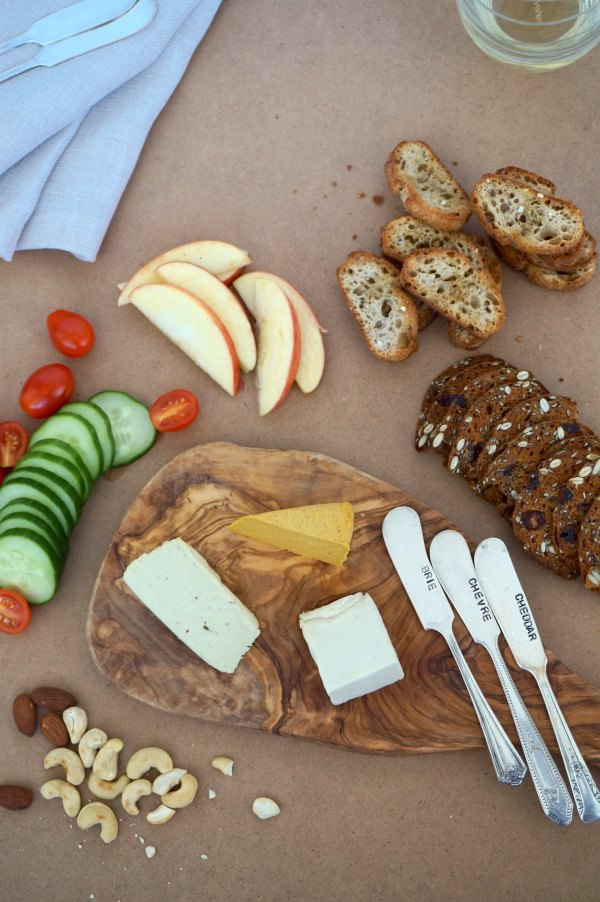 Nuts For Cheese Board Spread | thelittleredspoon.com