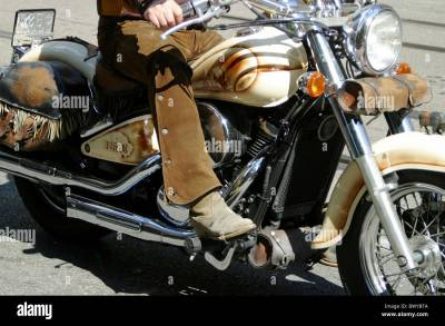 airbrush boots detail driver Harley Davidson leather legs ...