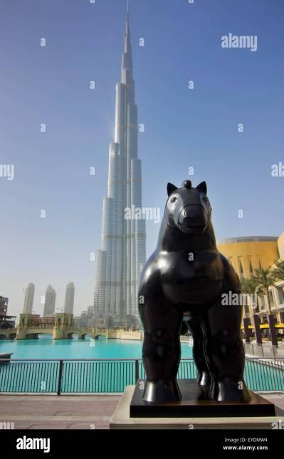 United Arab Emirates, View of horse statue with Burj Khalifa hotel in Stock Photo: 85738944 - Alamy
