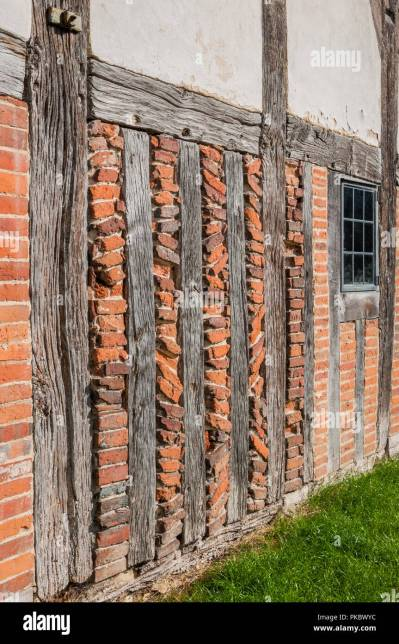 Old Wood Beams Brick Wall Stock Photos & Old Wood Beams Brick Wall Stock Images - Alamy