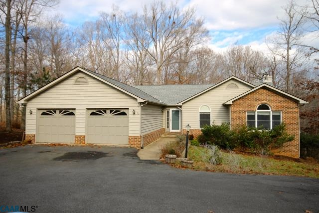 Property for sale at 22 WEST LAKE FOREST DR, Palmyra,  VA 22963