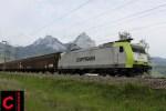 Captrain 185 541-0 mit dem Papierzug Malmö–Modena in Brunnen