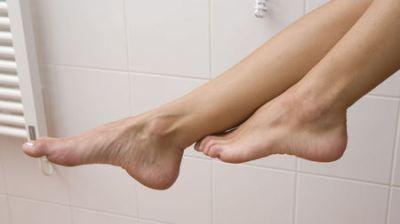 Happy Feet - Models Female & People Background Wallpapers on Desktop Nexus (Image 603501)
