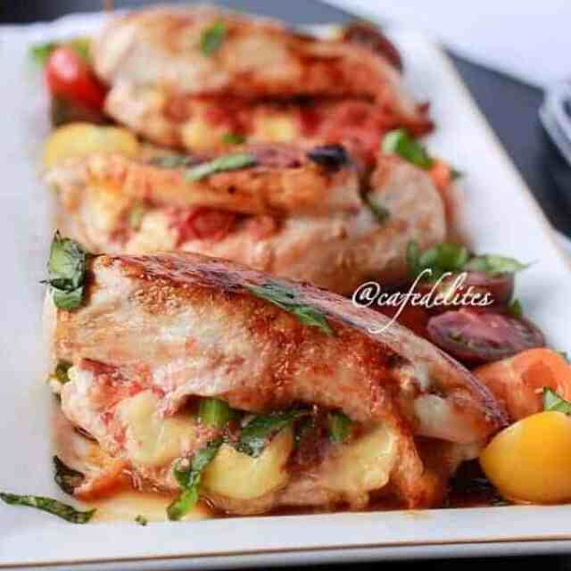 Margarita Pizza Stuffed Chicken Breasts - Cafe Delites
