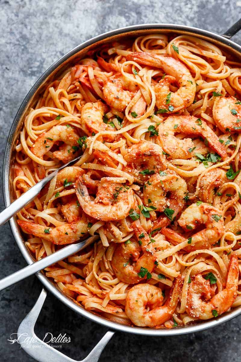 15-Minute Creamy Tomato Garlic Butter Shrimp   http://cafedelites.com