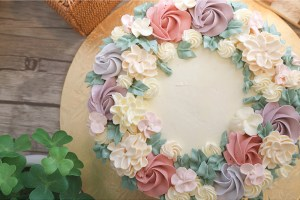 Buttercream Flower Wreath Cakes