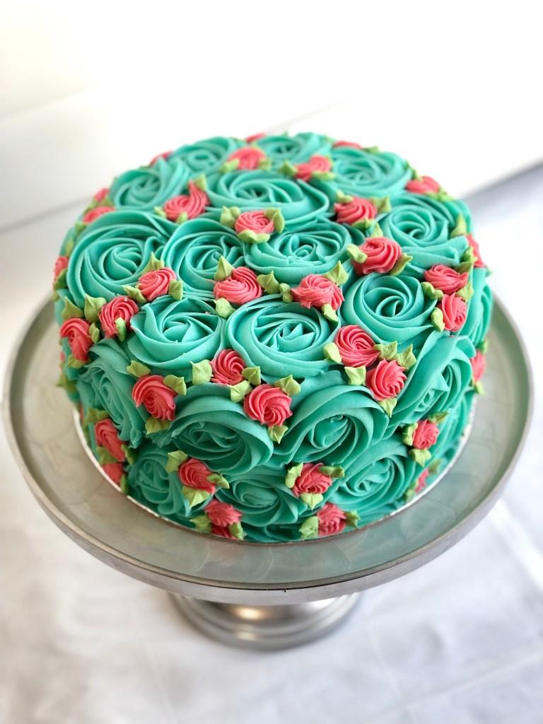 retro rosette cake