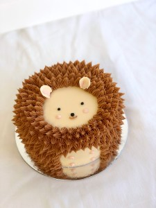 Hedgehog Cake That's Too Cute To Eat!