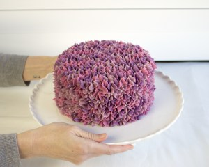 Lilac Buttercream Flower Cake