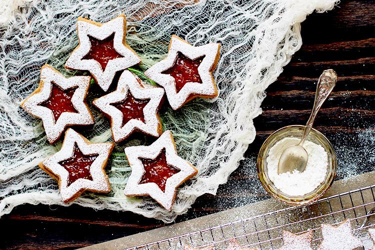 Fig-Linzer-Spice-Cookies