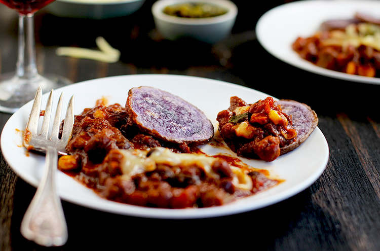 Oven-Baked-Purple-Fries-+-Chili-Fries