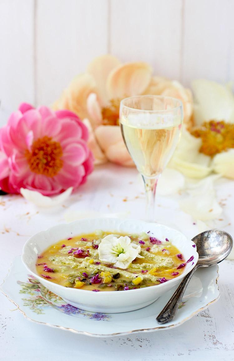 Yellow-Gazpacho-with-Roasted-Poblano-Pesto