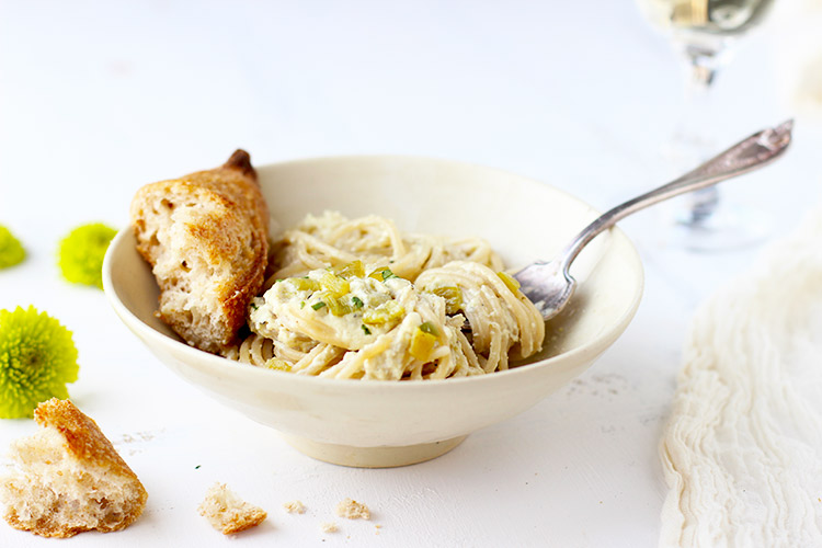 Spaghetti-with-Roasted-Anaheim-Pepper-Cream-Sauce-