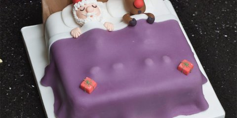 12-creative-christmas-cakes