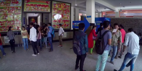 Pepsi Mood Vending Machine - A good exam ends with #PepsiMoji