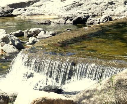 """""""En camping ICHO CRUZ vas a contemplar toda la naturaleza, el aire puro de las sierras y las refrescantes aguas del río San Antonio. En nuestro camping vas a sentirte cómodo y tranquilo ya que te ofrecemos todas las comodidades y seguridad."""" Tus vacaciones, tu descanso, tu relax… Vení a disfrutar!"""