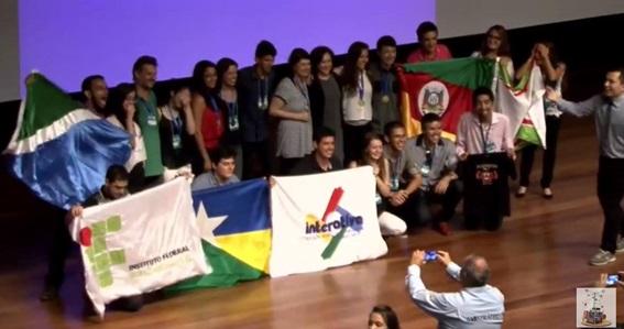Seleção brasileira para a Intel ISEF 2016, pela Febrace. Foto: Live stream da cerimônia de premiação.
