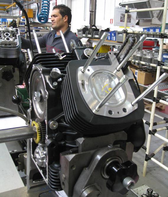 factory_!400_motor_assy