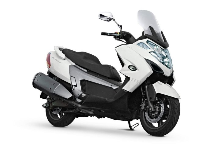 Kymco says they're bringing a 700 scooter to Canada. Could it be the MyRoad 700i?
