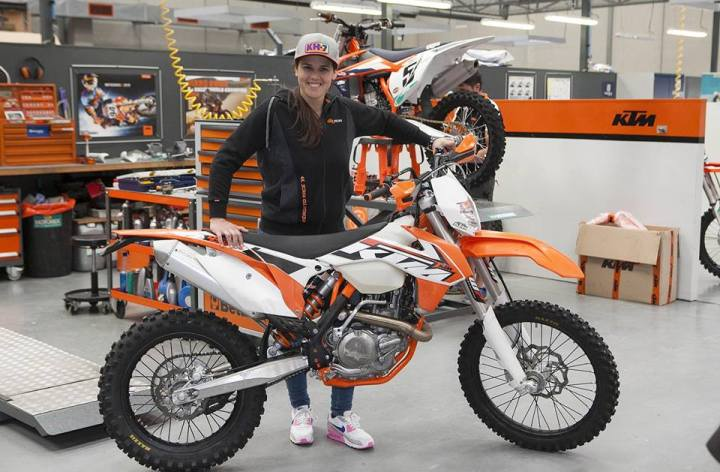 Laia Sanz signs with KTM