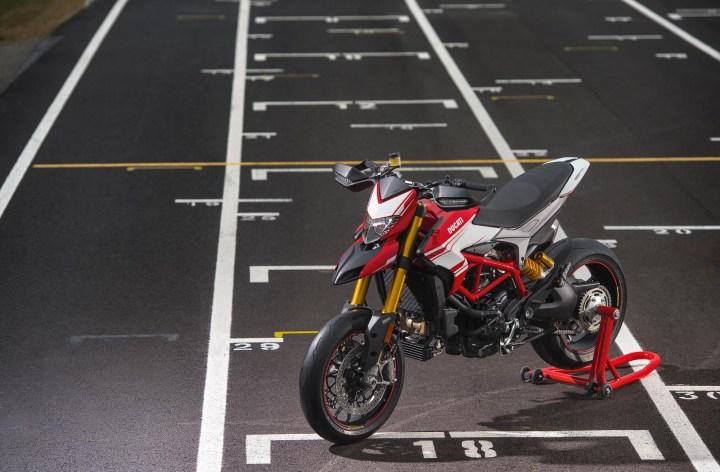 EICMA: Ducati Hypermotard 939 details