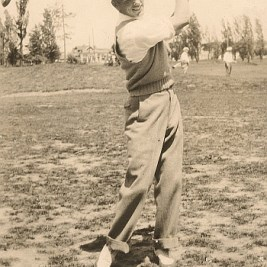 Another Era: Bill Ogle shows his swing at Cliffside in 1934