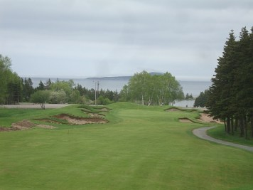 The 15th hole at Highlands Links gets a face lift.