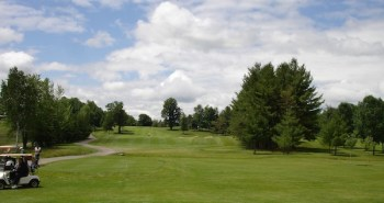 Rideau View's terrific 12th includes some of the interesting land that makes the course's par fours stand out.